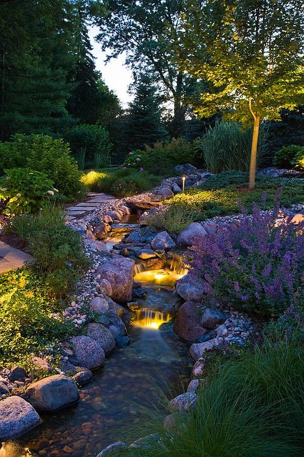 نورپردازی گیاهان و درخت ها از زیر