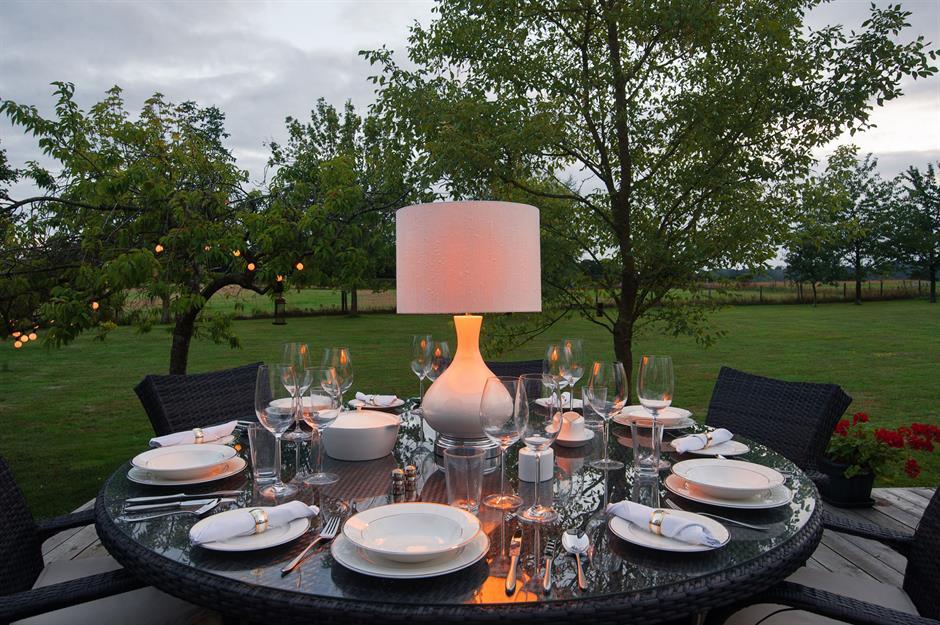 ایده های نورپردازی حیاط و باغ