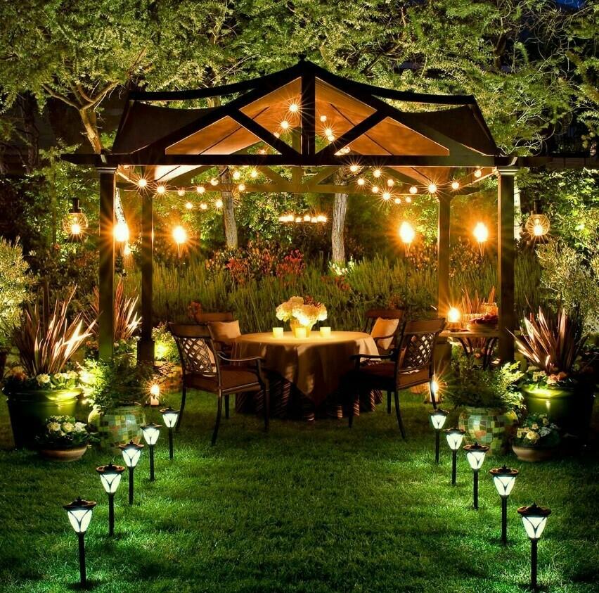 نورپردازی باغ با چراغ های خورشیدی